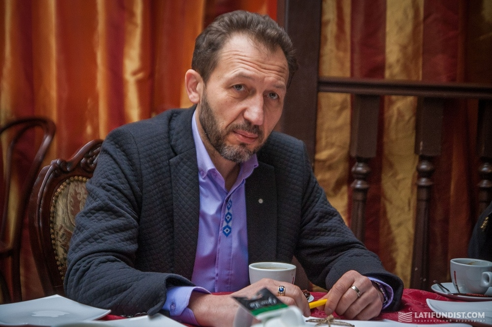 Vladimir Panchenko, the Director of the Institute of Social Research