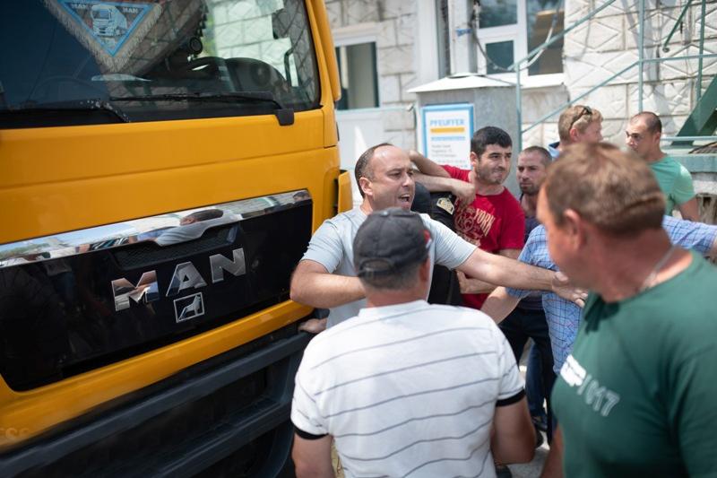 Александр Петков с группой фермером оккупирует «Измаильский элеватор»