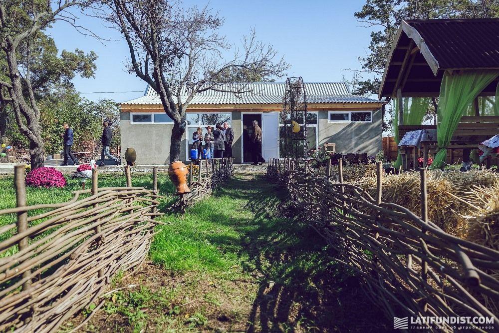Семейная ферма Зиновских в Украине