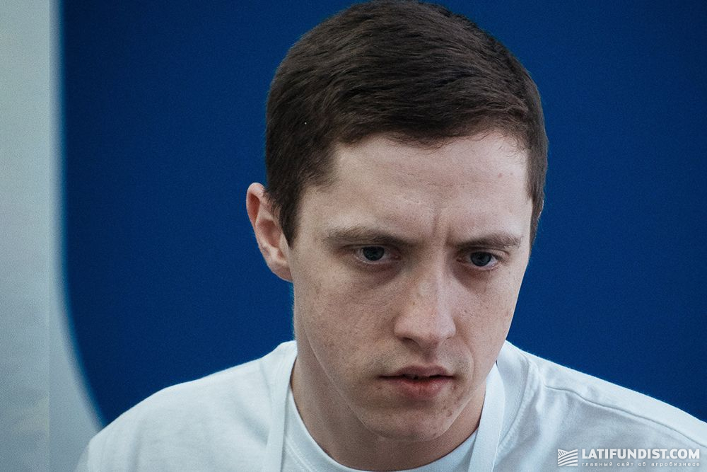 Анатолий Киращук, студент (Calipso)