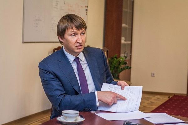 Кутовой сказал, как будут торговать скандальный «Укрспирт»
