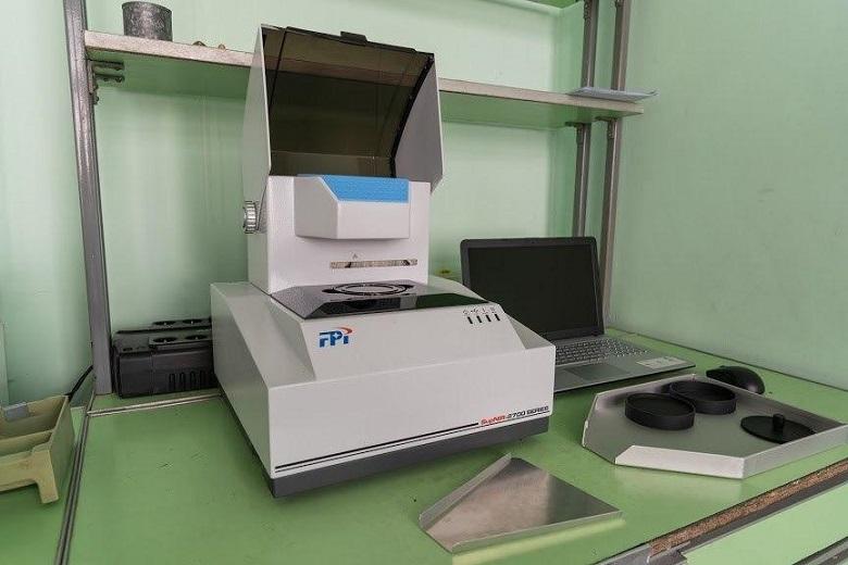 Оборудование для лаборатории на элеваторе брызговик на фольксваген транспортер