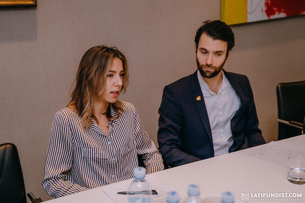 Исполнительный директор Семенной ассоциации Украины Сюзанна Григоренко и генеральный директор «MAS Seeds Украина» Ромен Дестье