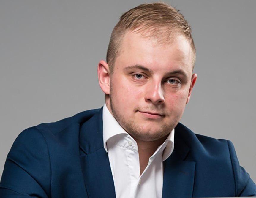 заместитель председателя общественного движения «Крипак» Евгений Черняк.
