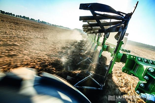 Новый взгляд John Deere на обработку почвы