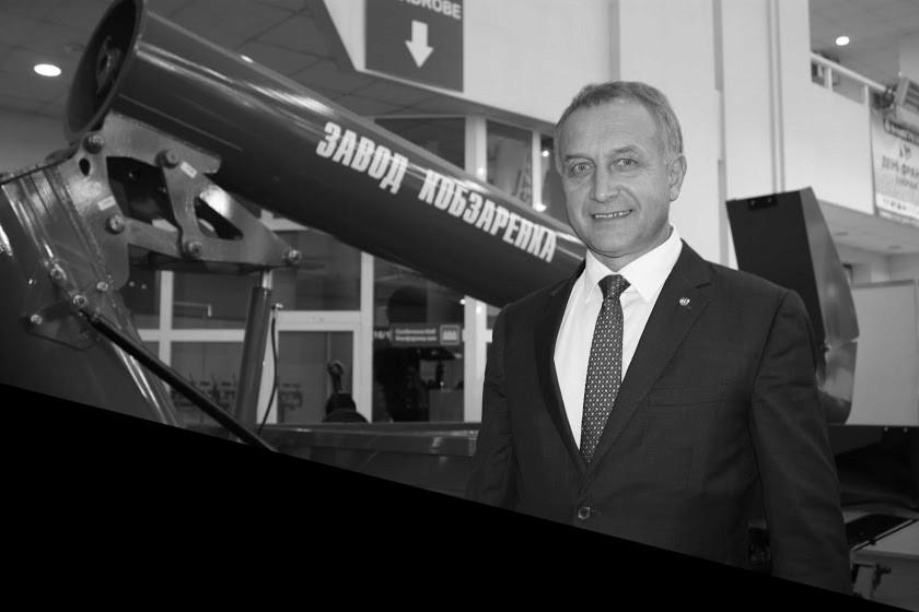 Анатолий Кобзаренко