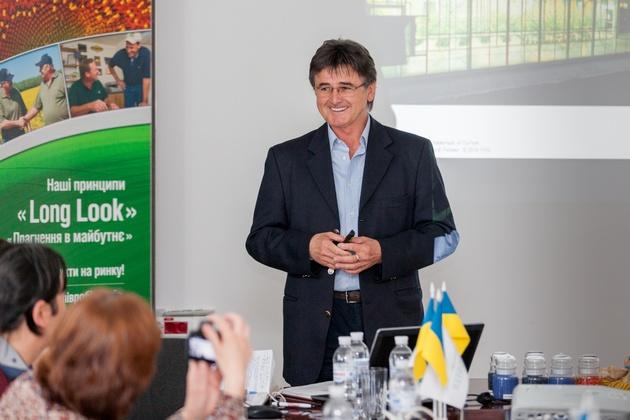 Лайош Бонцок, менеджер по производству DuPont Pioneer в Европе