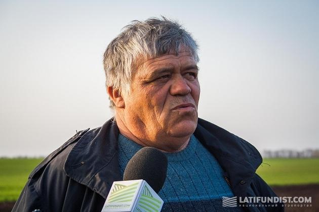 Главный агроном производственного подразделения агрофирмы «Бугаевка» Валерий Краплына