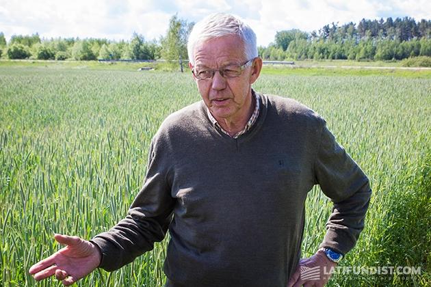 Датский агроном Оле Ларсен
