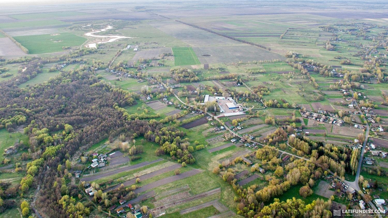 Земли «Олстас Лен» в Менском районе Черниговской области