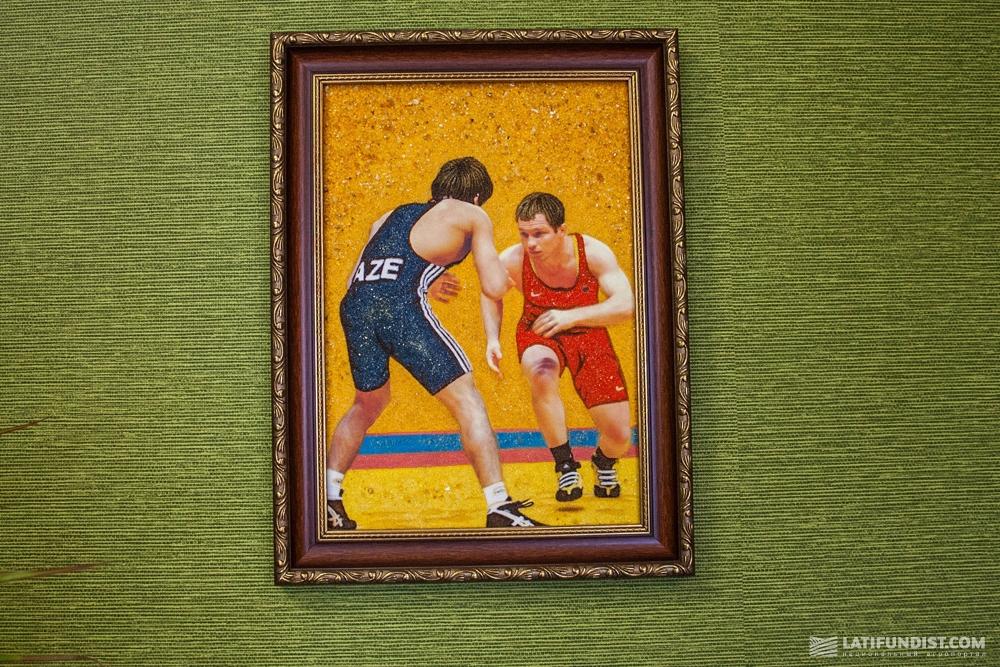 Картина в кабинете директора