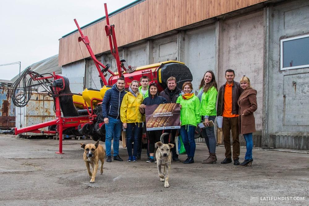 Команда АгроЭкспедиторов с командой компании «ТД Деметра-Агро»