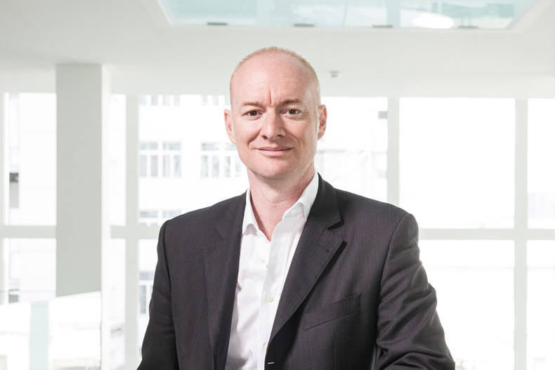 Ян Робертс, технический директор компании «Бюлер»