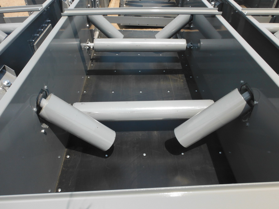 Фото закрытого конвейера без крышки