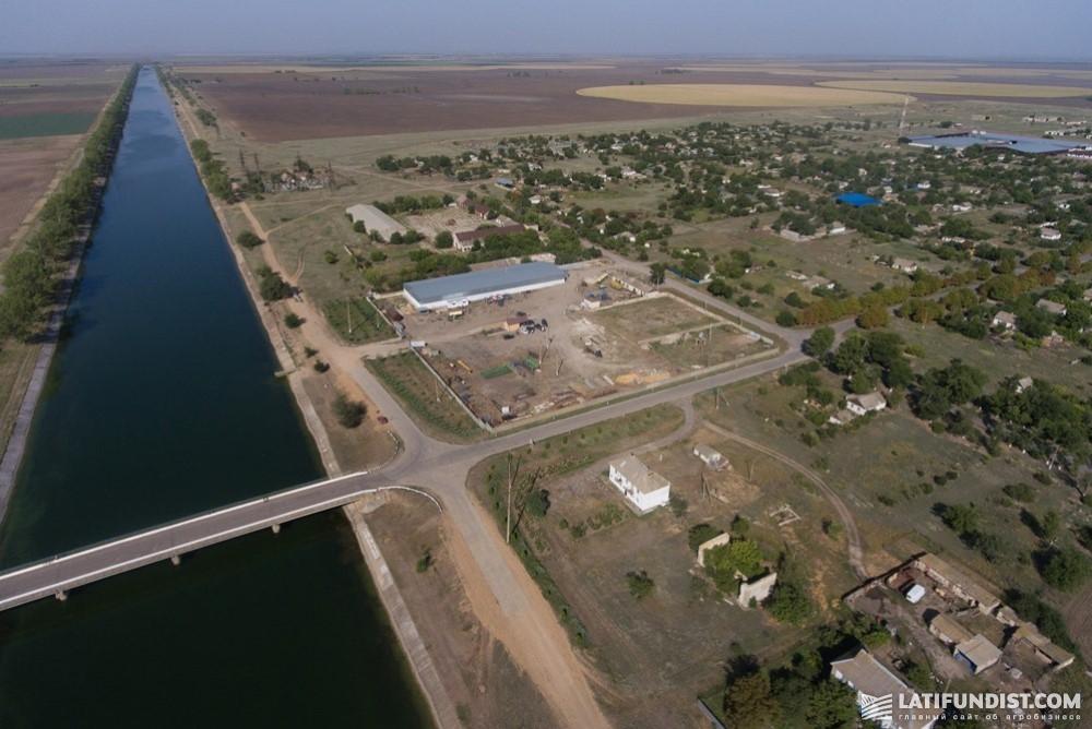 Для орошения на предприятии «Вико» используется днепровская вода из Каховского магистрального канала