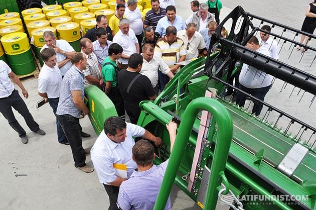Компания Механик накануне жатвы провела практический семинар для владельцев зерноуборочных комбайнов John Deere