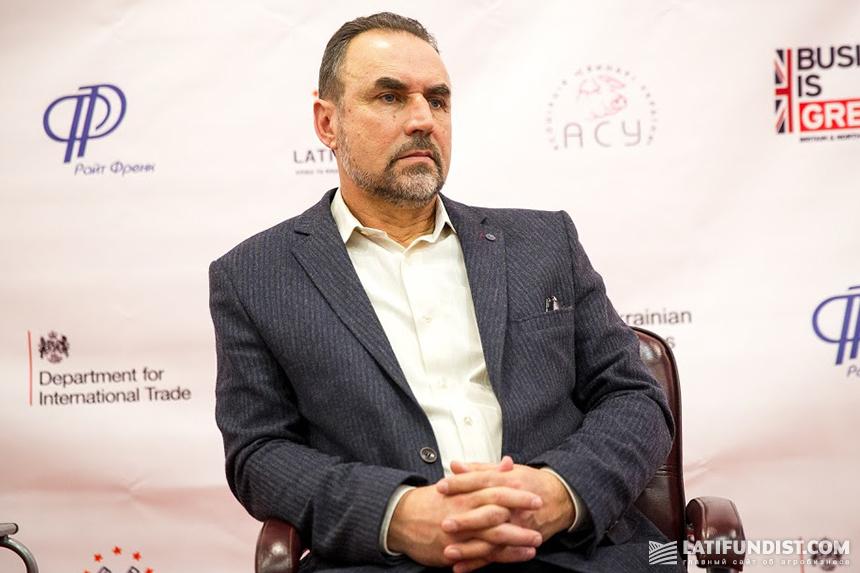 Артур Лоза, независимый консультант в области свиноводства, экс-глава «Ассоциации свиноводов Украины»