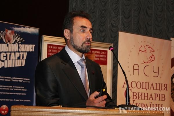 директор Ассоциации свиноводов Украины Артур Лоза