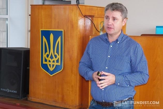 Менеджер по вопросам защиты специальных культур компании Du Pont Сергей Саблук