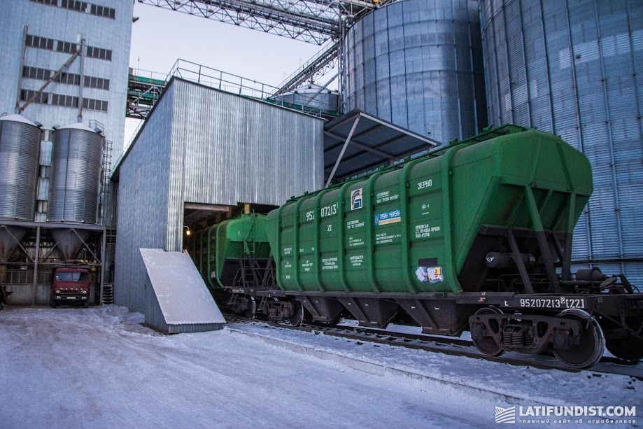 Вопрос увеличения количества вагонов-зерновозов останется на плечах участников зернового рынка
