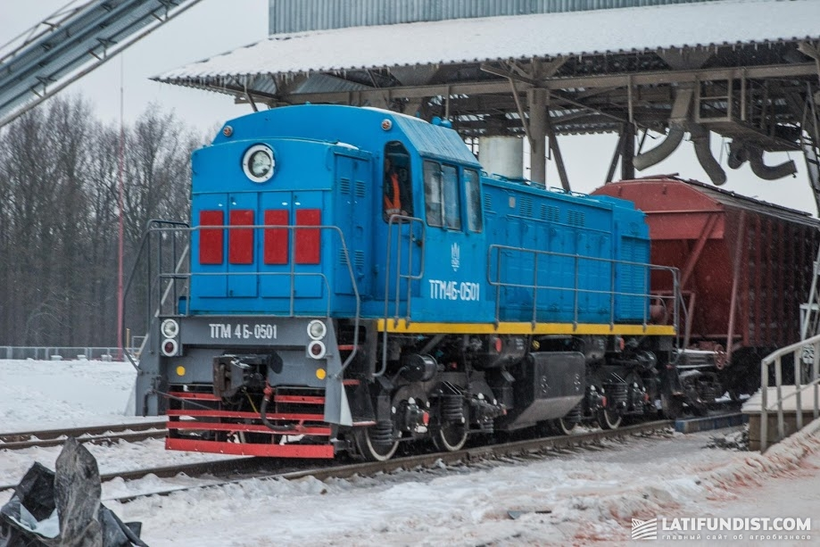 На фоне отсутствия локомотивов резко сократилась оборачиваемость имеющихся вагонов
