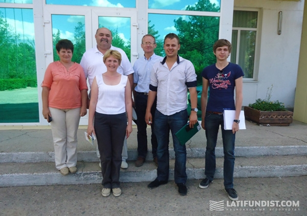 Команда ОДА Украина со специалистами Института сельского хозяйства Крыма.