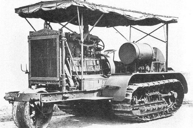 Трактор Holt 1914 года