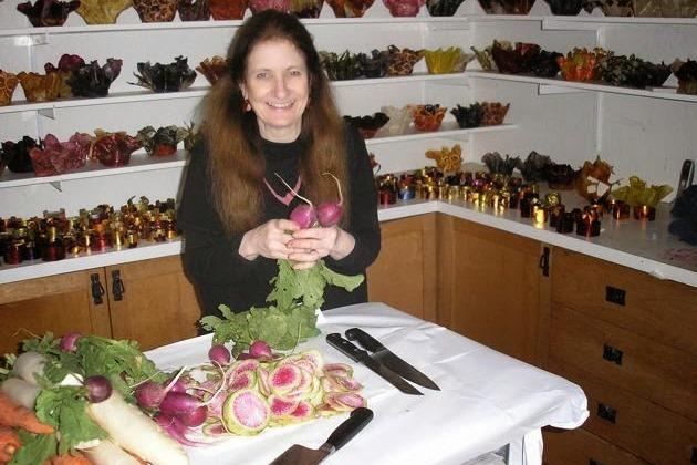 Мастерская Margaret Dorfman отчасти напоминает кухню вегетарианца или лавку зеленщика