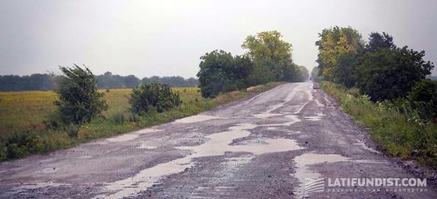 Такие дороги нам встречались в АгроЭкспедициях