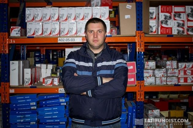 Евгений Петрусенко, начальник склада