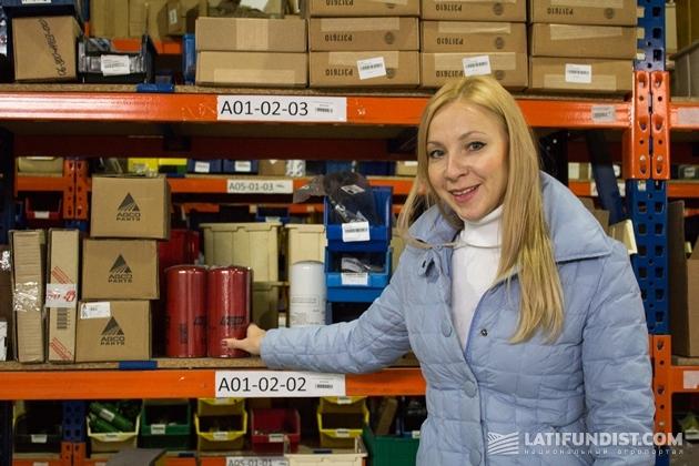 Наталья Кочина на складе