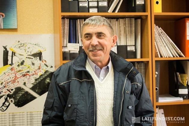Владимир Савенко, технический директор департамента сервисного обслуживания.