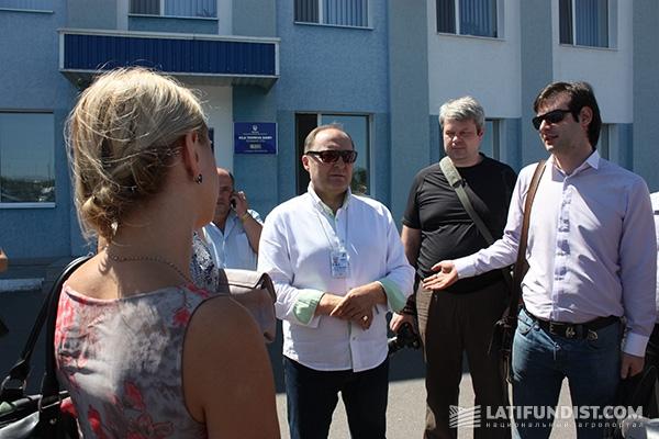 Вадим Чагаровский встречает представителей СМИ