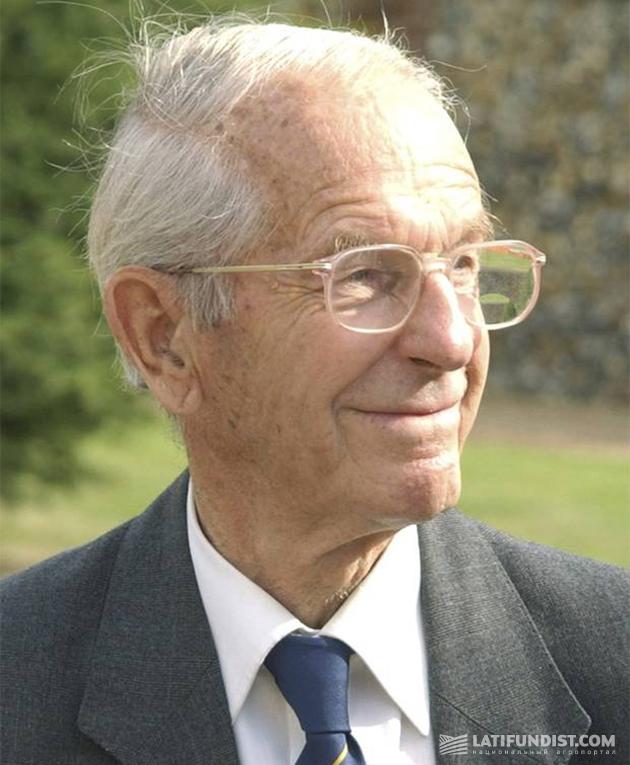 Фредерик Сенгер дожил до 95 лет