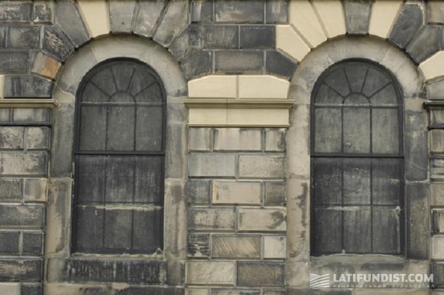 Неужели налог на окна все еще действует...