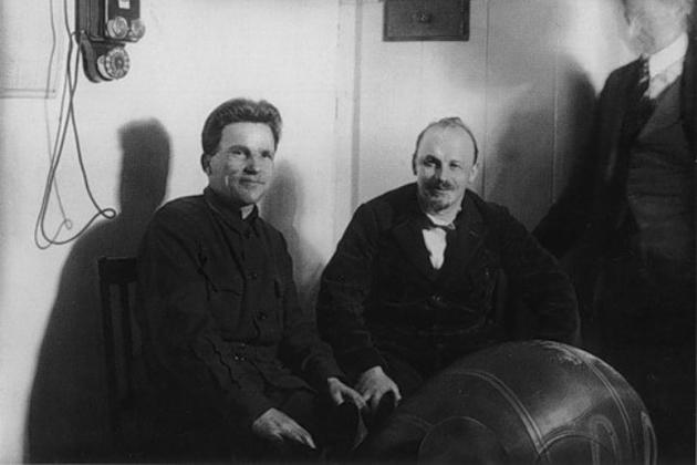 С. М. Киров и Н. И. Бухарин