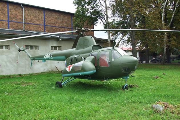 Ми-1 польского производства, подготовленный для выполнения санитарного задания.
