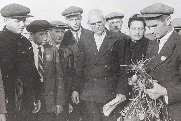 Академик Лысенко на встрече с агрономами Киевской области