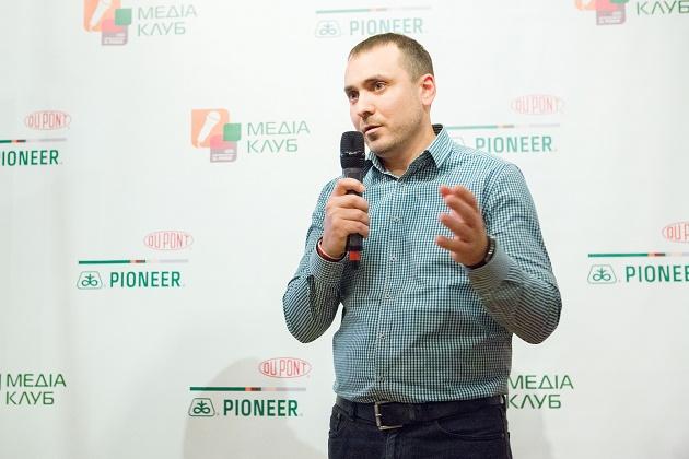 Роман  Нижник