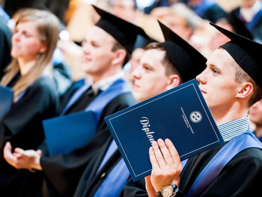 После окончания ВУЗа выпускники имеют гарантии трудоустройства