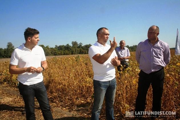 Александр Дрешпак, Павел Бондаренко и Александр Сологуб на первом демонстрационном поле «Интерагро Сквиры»