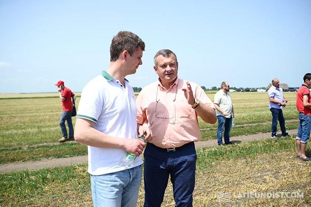 Коммерческий директор Zolochiv TH Юрий Хомин (справа)