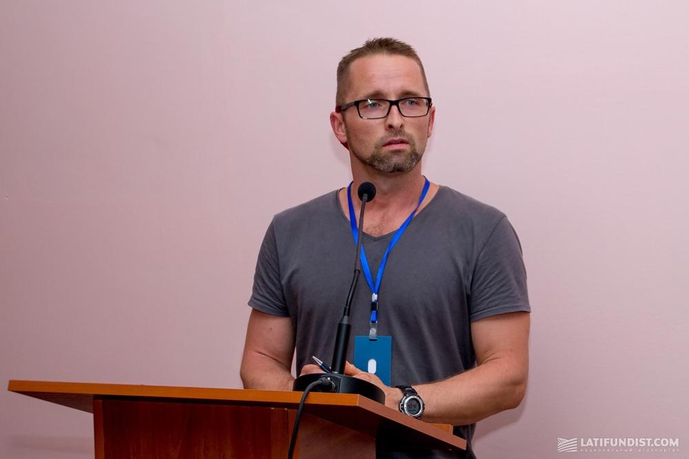 Нико Хейнемана, поставщик услуг для «Нетафим Германия»