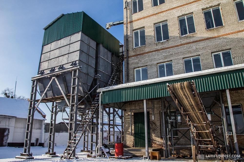Мощности Славутского отделения семенного завода «Лотовка-Элит» («Сварог Вест Груп»)
