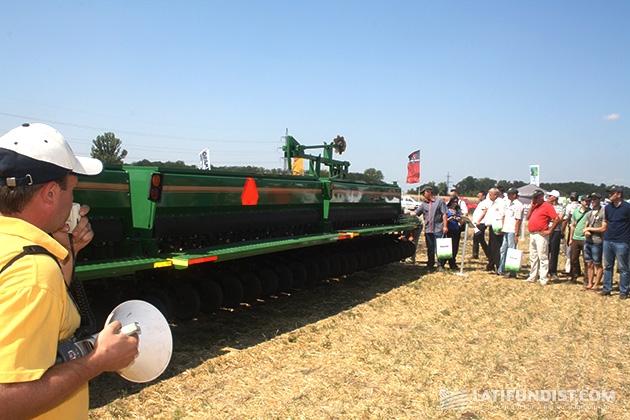 12-метровая сеялка Great Plains модель 3S-4000F