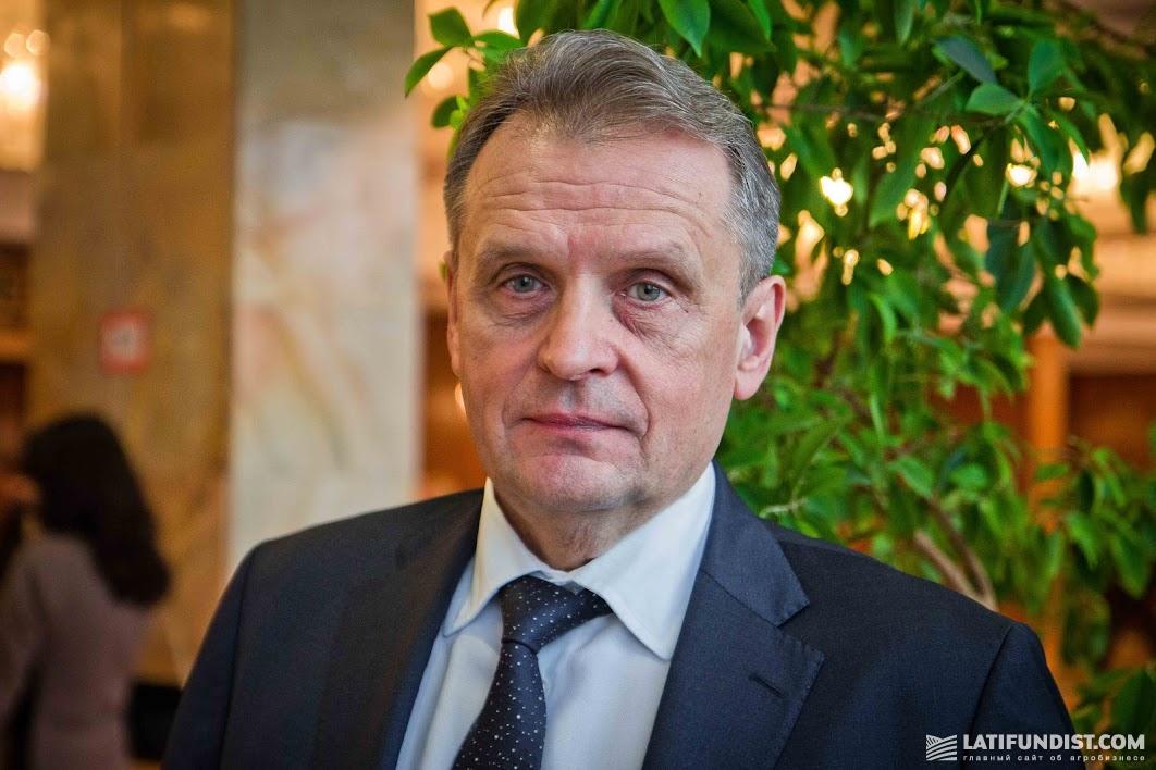 Леонид Козаченко, президент Украинской аграрной конфедерации (УАК), народный депутат