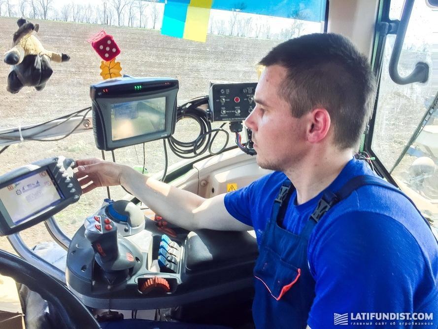 Виталий Химченко, тракторист компании