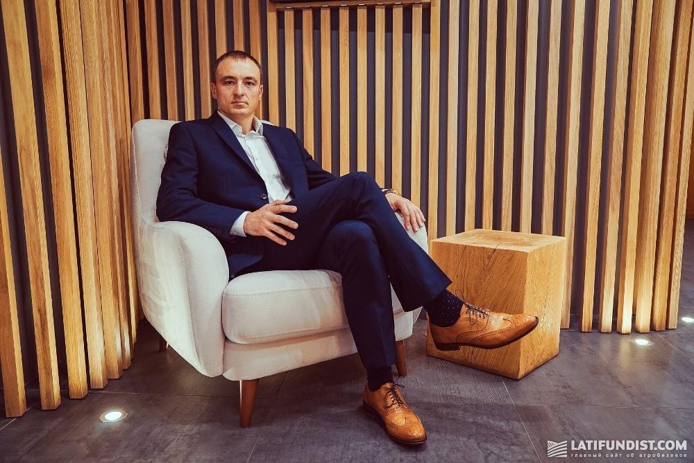 Aleksandr Vodzinskiy, Member of the Board of Directors, Director of Legal Affairs at Svarog West Group Corporation