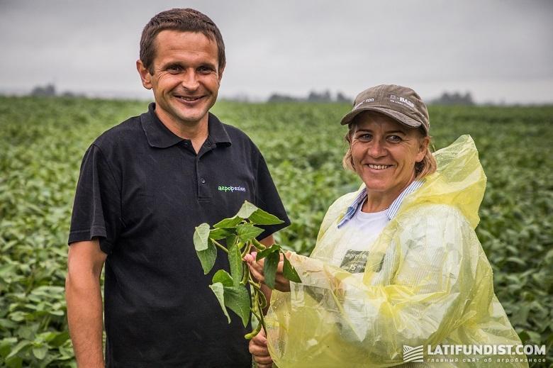 Лариса Бачинская и Юрий Степанчук, главный агроном Житомирского кластера «Агро-Региона»