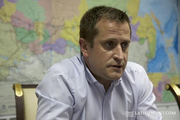 Олег Бурлаченко